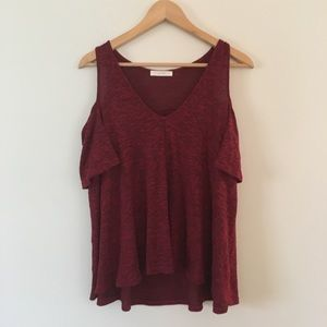 Lush off the shoulder maroon tee